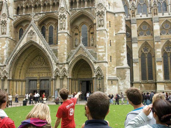 背包客超省行程懶人包—免費歐洲徒步旅行:巴黎、倫敦城市散步 | GOWIFI