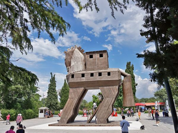 土耳其*特洛伊|尋找木馬屠城記裡悲劇城市的歷史痕跡