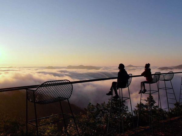 太美了!北海道最新「雲Cafe」眺望仙境般雲海,喝咖啡發呆好放鬆!