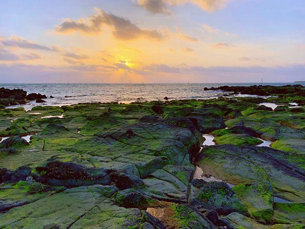 澎湖。奎壁山摩西分海。菓葉觀日出。篤行十村懷舊